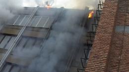 Tűz a kaposvári volt SZÜV-székházban