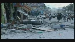 Gyűjtés az Árkádban a haiti földrengés károsultjainak
