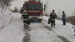 Tűzoltók mentettek