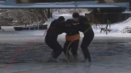 Jég alatt a vízimentők