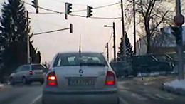 Nem volt szent a piros lámpa a terepjárósnak
