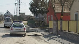 Molotov-koktélokat dobtak romák lakta házakra