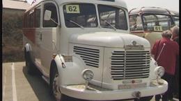 Retró buszok Mank városából