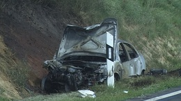 Frontális karambol! Két gépkocsi ütközött Taszár és Baté között