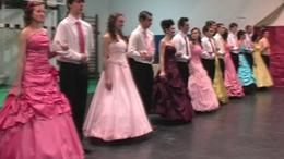 Szalagavató táncok a KE Gyakorló Általános Iskola és Gimnáziumban