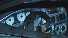 Öt fiatal sérült - villanyoszlopokat döntött ki az autó