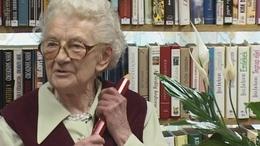 Fésüs Évát 85. születésnapja alkalmából köszöntötték