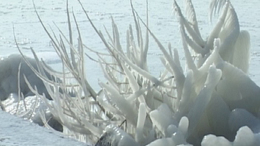 Balatoni jégszobrok